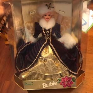 New in Box Happy Holidays Barbie 1996